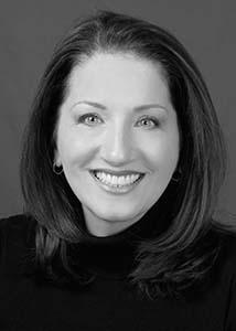 Angela Everhart-Berg | Everhart Studio | Associate Broker