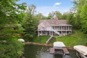 11529 Fall Creek Rd - $950,000